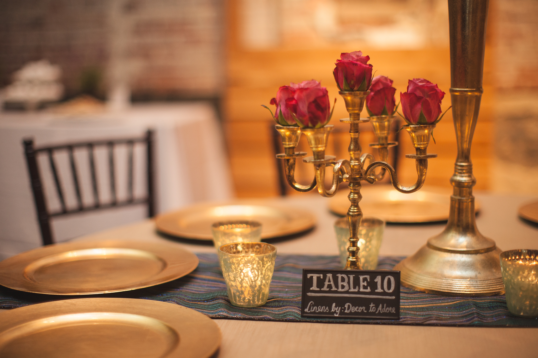 Wedding trends 2015 gold accents decor to adore for Decor to adore