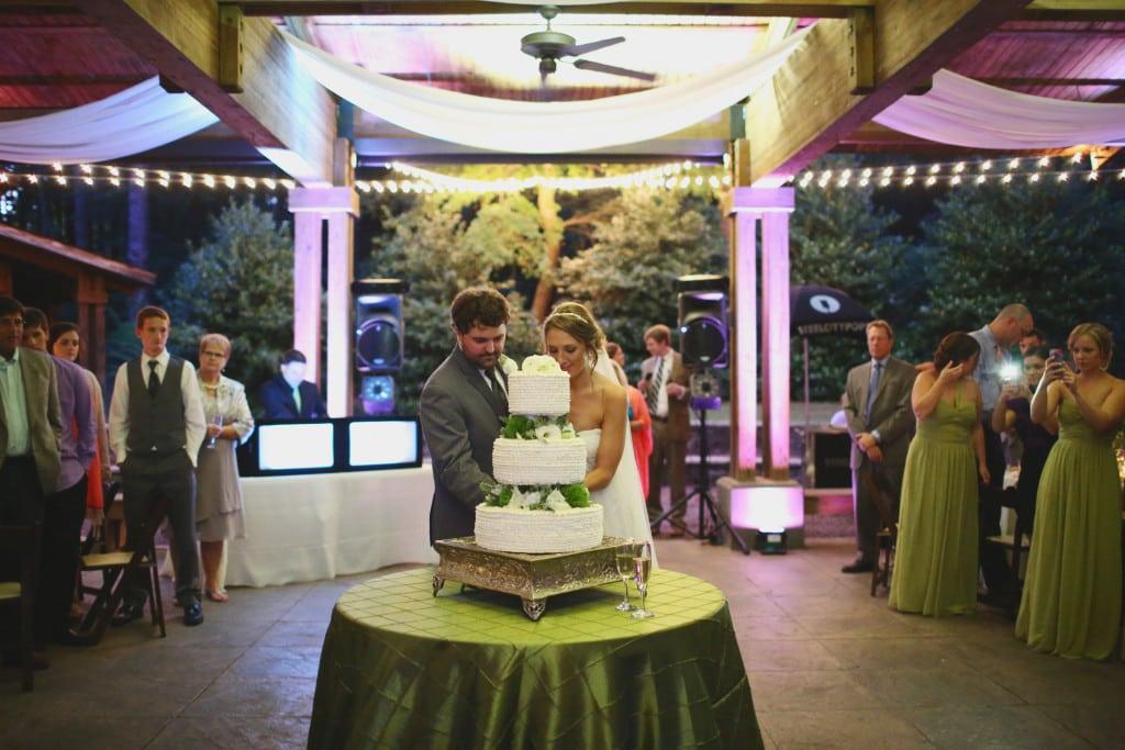 Aldridge Gardens, Cake Table, Pintuck, J.woodbery, Decor to Adore
