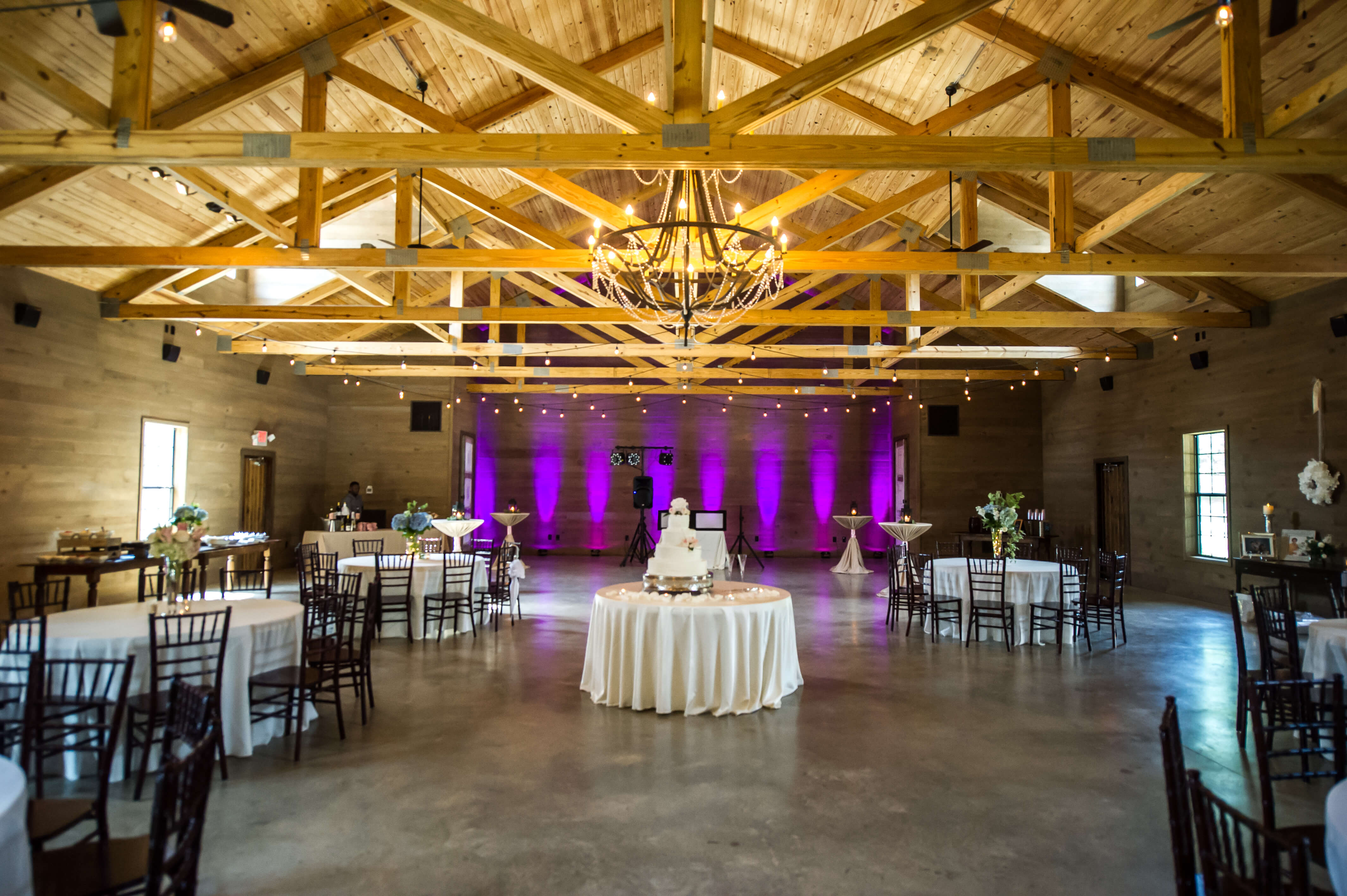 Featured Venue Barn At Shady Lane Decor To Adore