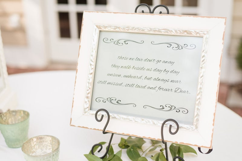 The Oaks Centerville - Guest Book Table
